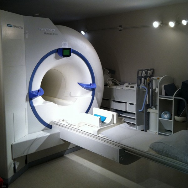 Siemens_Symphony_1.5T_MRI